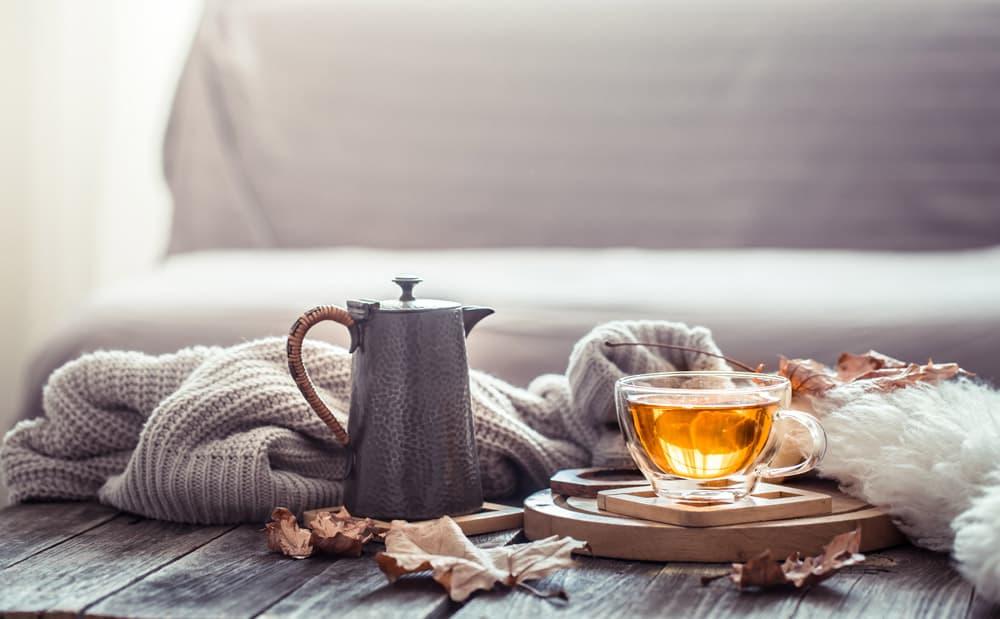 cozy-autumn-still-life-with-cup-tea
