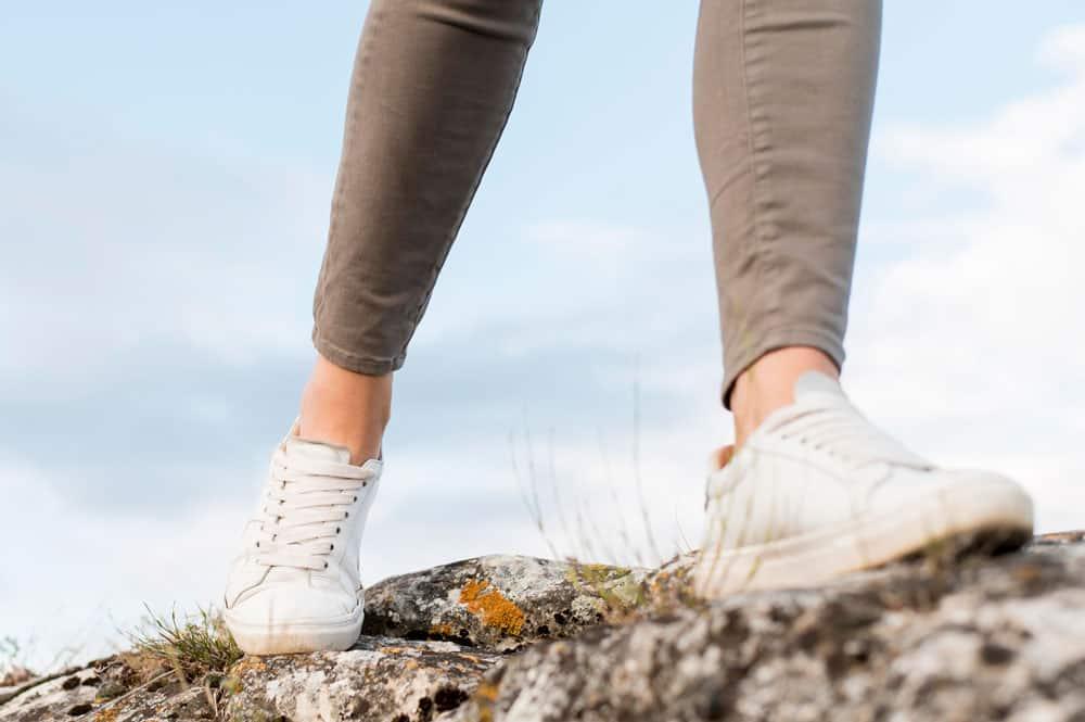 close-up-traveller-walking-outdoors